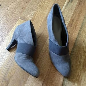 Vince Camuto Grey Leather Ankle Boots Size 6.5